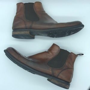 Johnston & Murphy Hernden Chelsea boot
